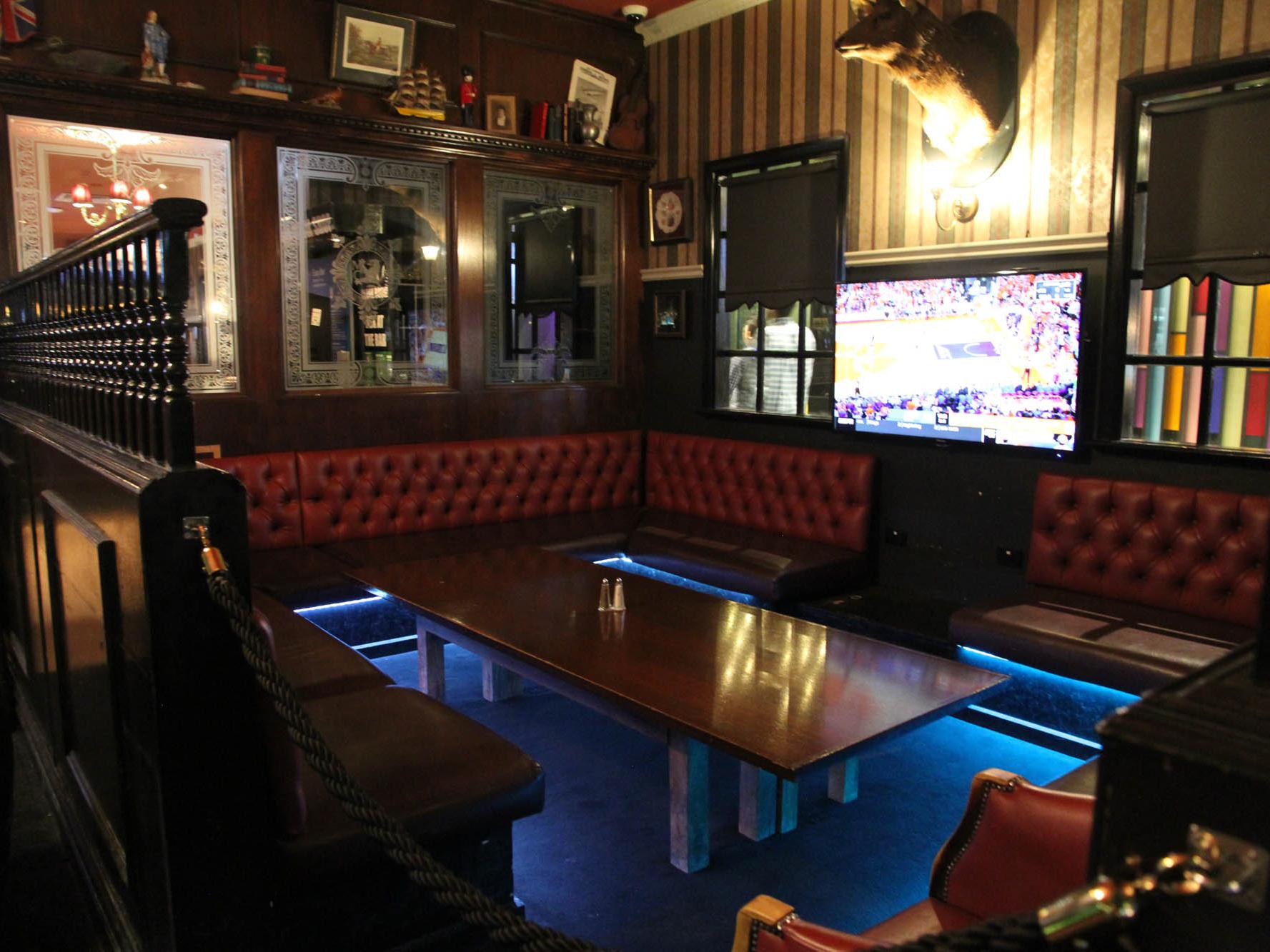 Jac's Lounge